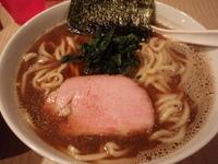 「濃い口煮干しらーめん(750円)+大盛(100円)+チャーシュー」@菜の写真