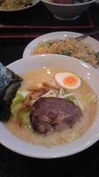 「塩ラーメンと豚バラ炒飯(ランチセット880円)」@天一坊の写真