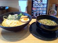 「○得つけ麺大盛」@龍旗信 大阪津久野店の写真
