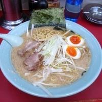 「特製味噌ラーメン(太麺) 650円+中盛 100円」@ラーメンショップ 牛久結束店の写真