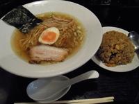 「ラーメンと半チャーハンのセット950円」@信濃神麺 烈士洵名の写真