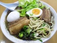 「角煮ラーメン・玉子」@熊本ラーメン 麺王の写真