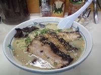 「塩チャーシュー麺+生ビール(1000円+400円)」@らぁ麺 波(シー) 神田錦町店の写真