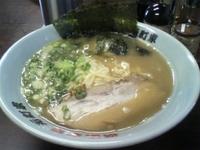 「ラーメン(豚骨醤油)」@横浜家系元町家の写真