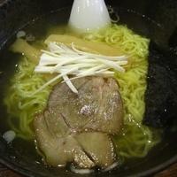 「塩ラーメン500円+餃子色々」@中国飯店 飯店餃子 中央店の写真