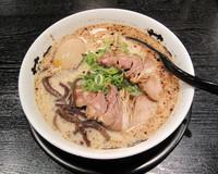 「藤平らー麺+味玉」@らー麺 藤平 大手町店の写真