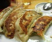 「ジャンボ餃子 400円」@ひかり食堂の写真