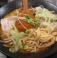 「汁麺・大 750円」@肉玉麺 横はちの写真