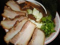 「男豚骨750円+肉増し(サービス券)」@豚骨商店 ゆい六助の写真