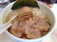 「特製あっさりホタテ塩らーめん(太麺バージョン)」@ORAGA NOODLESの写真