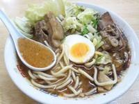 「辛味噌角煮ラーメン¥1000」@熊本ラーメン 麺王の写真