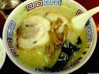 「トンコツ醤油ラーメン」@麻布ラーメン 慶応三田店の写真