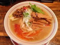 「【限定】 魚介豚骨担々麺・小辛780円+メンマ(ク―ポン)」@麺肴 ひづきの写真