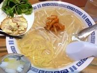 「味噌キムチラーメン(850円)ランチ」@たなかやの写真
