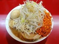 「ラーメン(680円)+味玉(100円)ニンニク辛揚げ」@千里眼の写真