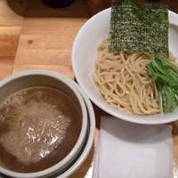 「濃い煮干しのつけ麺」@○心厨房の写真