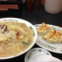 「野菜たっぷりタンメン餃子セット」@日高屋 錦糸町北口店の写真