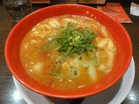 「トマト酸辣湯麺」@ラーメン まこと屋 福島店の写真