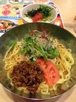 「夏野菜の冷やしタンタン麺(628円)+明太子ご飯(210円)」@ガスト 町田駅北口店の写真