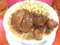 「スタミナ豚様ラーメン【700円】」@豚系ラーメン 豚神様の写真