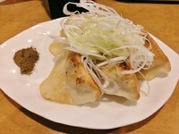 「餃子(5個)\350」@麺屋 紅の写真