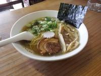 「煮干旨ダレ醤油らーめん」@魚介系ラーメン専門店 たんぽぽの写真