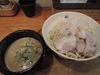 「濃厚つけ麺(中)」@麺や拓 堀江本店の写真