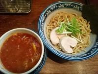 「【期間限定】ピリ辛トマトつけ麺(小盛) ¥750」@中華そば 旋の写真