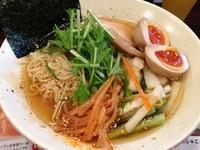 「韓国風野菜たっぷりの冷やしラーメン」@ラーメン一心 本店の写真