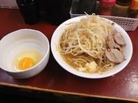 「小ラーメン(700円)+生卵(50円)」@RA-MEN ICHIの写真