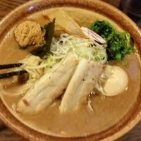 「豚骨魚介ラーメン 800円」@北青山の写真