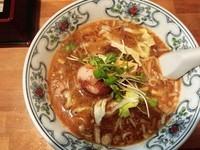 「担々麺+味付けタマゴ」@中華屋台 潤の写真