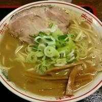 「大勝軒煮干(小そぼろ半ライス無料) 650円」@青森大勝軒の写真