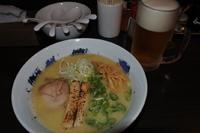 「濃厚鶏そば、生ビール、替玉」@鶏そば 雫一の写真