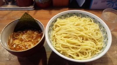 「辛つけめん大盛あつもり」@つけ麺屋 やすべえ 高田馬場店の写真