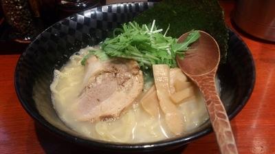 「【鶏の日限定】鶏塩白湯らぁめん」@小杉らぁめん 夢番地の写真