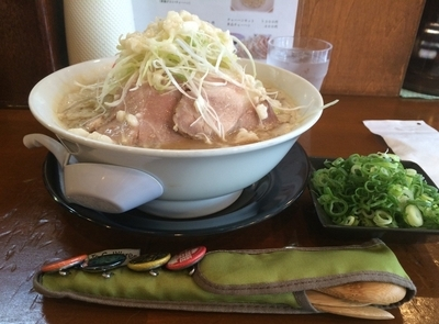 「特製 豚そば(こってり)」@中村商店 南茨木の写真