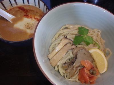「茸チーズつけ麺(900円)、秋鮭とチーズの追い飯(200円)」@陽東豚骨 YOTONの写真