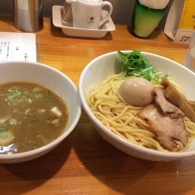 「半熟煮卵つけ麺 中」@烏城の写真