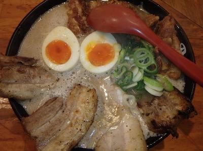 「マキシマム・ザ・チャーシューメン(1,000円)味玉」@トラの夢の写真