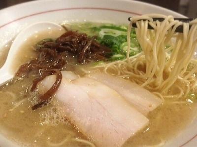 「白(550円)」@麺ダイニング 福の写真