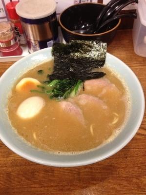 「チャーシュー麺味玉」@らーめん 満月の写真