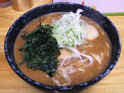 「【季節限定】黒味噌ラーメン(800円)」@麺処福吉ATSUSHIの写真