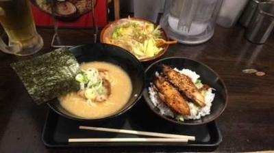 「半ラーメン+野菜セット+生ビール」@光麺 原宿店の写真