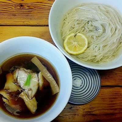 「つけ麺(濃厚昆布鰹出汁かけ) 900円」@らぁ麺 飯田商店の写真