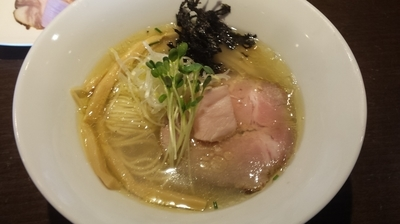 「あさり出汁地鶏そば、塩」@麺や 虎徹の写真