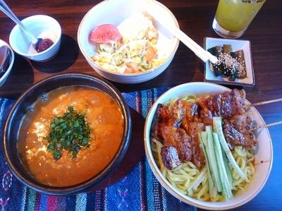 「ちょい辛つけ麺」@炭火ダイニング光秀の写真