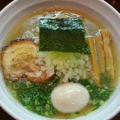 「【1月の木曜限定】淡麗上煮干しそば 780円+味玉」@麺や 飛来の写真