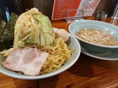 「つけ麺(大盛同料金)850円+野菜200円」@濱之家 入谷店の写真