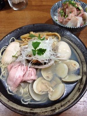 「【オープン記念】特製 貝運そば800円 海鮮丼400円」@寿製麺よしかわ 川越店の写真